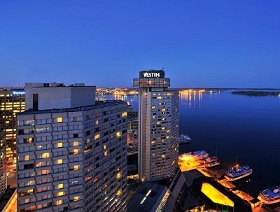 The Westin Harbour Castle 夜景