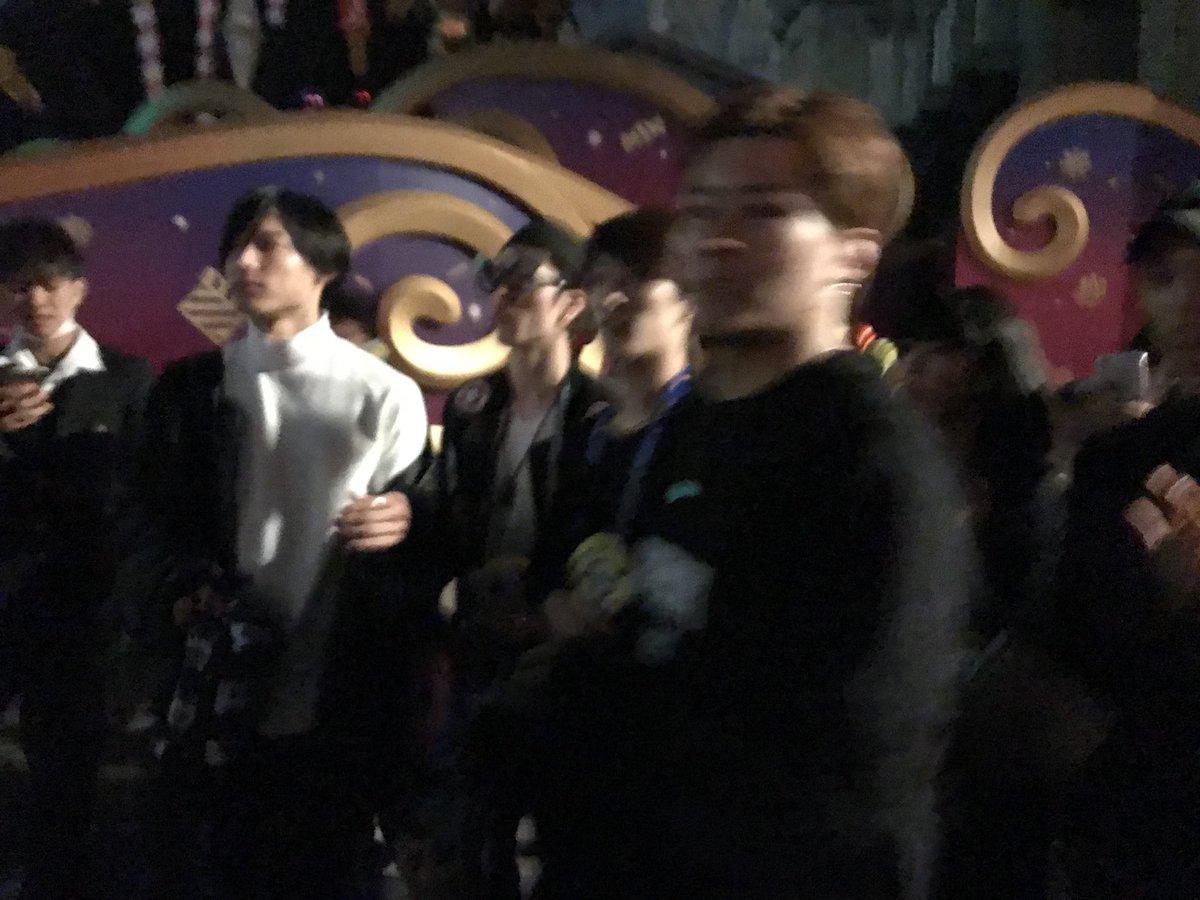 【ジャニーズ遭遇】SixTONESとSnow ManがプラベでUSJを訪れ、ファンに握手の神対応!