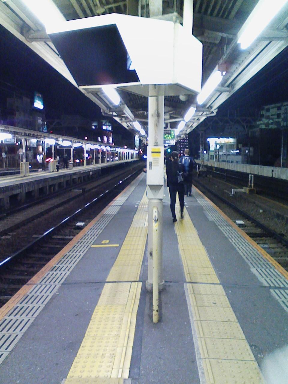 2017_11_06_阪急中津駅ホーム