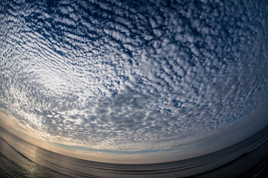 2017.10.27雲と波1