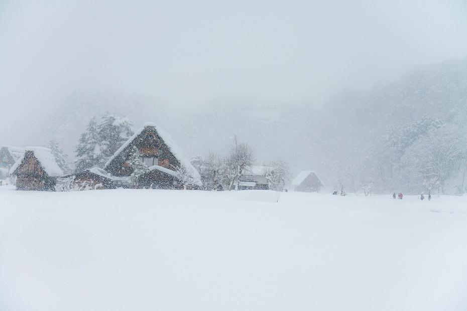 2017.12.13白川郷 降り続く雪 11