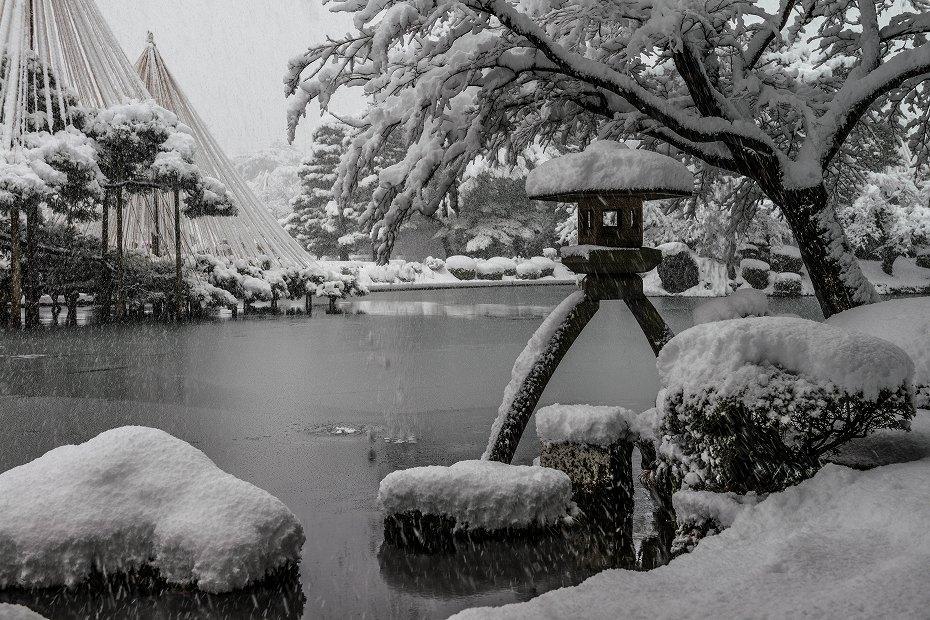 2017.12.17 雪景色の兼六園 1