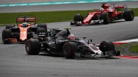 マグヌッセンは現役でもっとも汚いF1ドライバー
