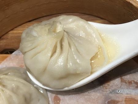 上海姥姥 小籠包をいただきます