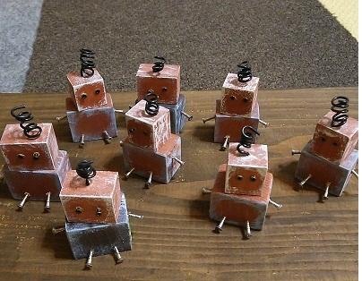 端材でロボット