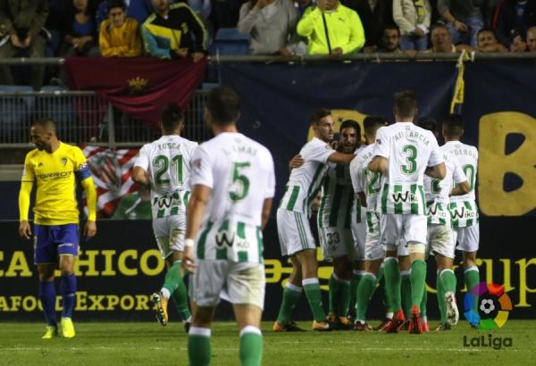 17-18_CDR_4R_Cadiz-Betis01s.jpg