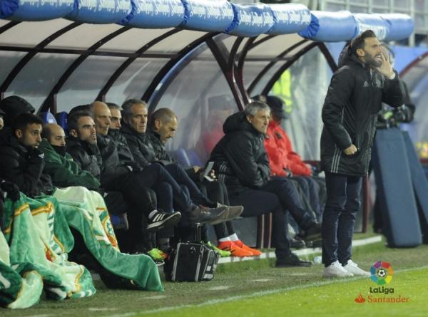 17-18_J12_Eibar-Betis01s.jpg