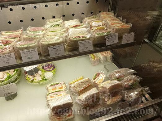 ショーケースのサンドイッチ005