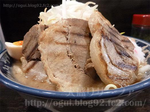 ドカ盛り野菜ラーメン横アングル012