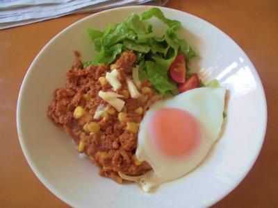 10.8沖縄土産のタコライス