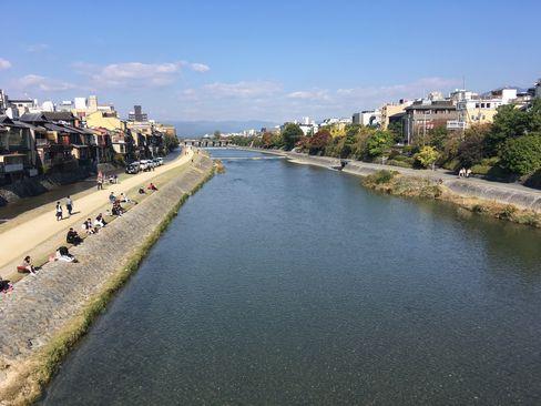 鴨川(四条大橋から)_H29.11.03撮影