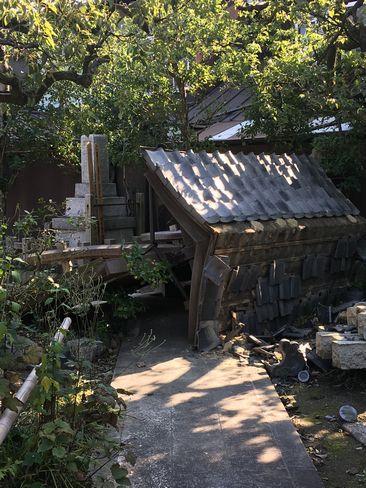 天寧寺・台風で倒れた門_H29.11.04撮影
