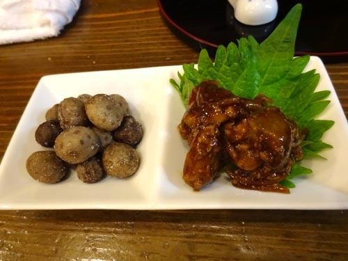 03鶏肝生姜煮むかご