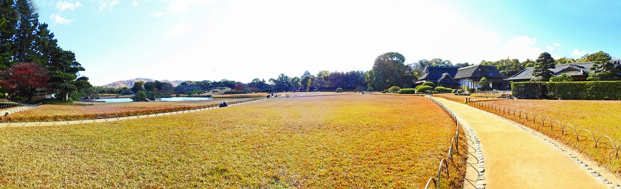 20171206 後楽園今日の園内入口付近から眺めた園内ワイド風景 (1)