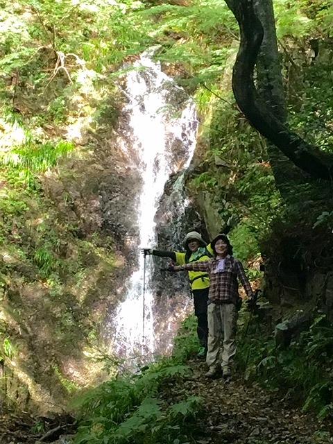 41-滝ツーショット