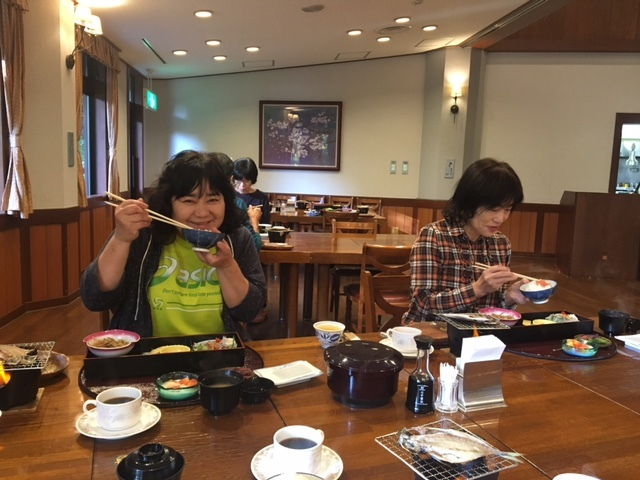 30-朝食風景