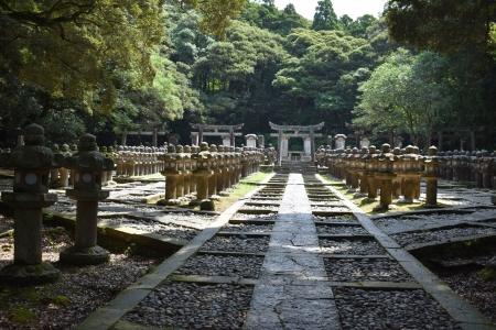 毛利家墓所