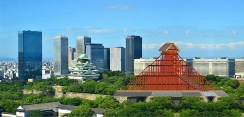 大阪城天守閣と古代出雲大社本殿