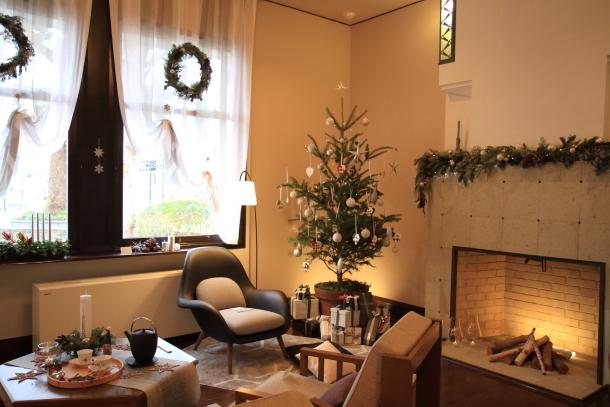西洋館のクリスマス201700036272