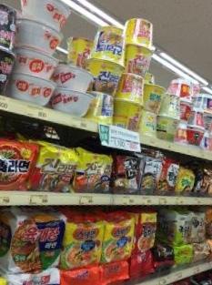 韓国で食べるラーミョン。