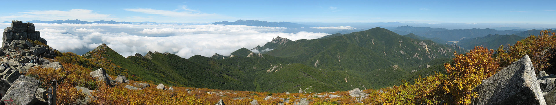 View_from_Mt_Kimpu_01.jpg