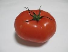 トマトとベーコンの炒り卵サラダ 材料①