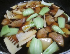 鶏もも肉と青梗菜の煮物 調理⑤