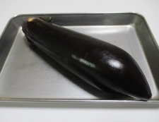 蒸しナス肉味噌 材料①