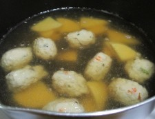 鶏だんごと焼きネギのスープ煮 調理④