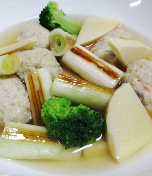鶏だんごと焼きネギのスープ煮 B