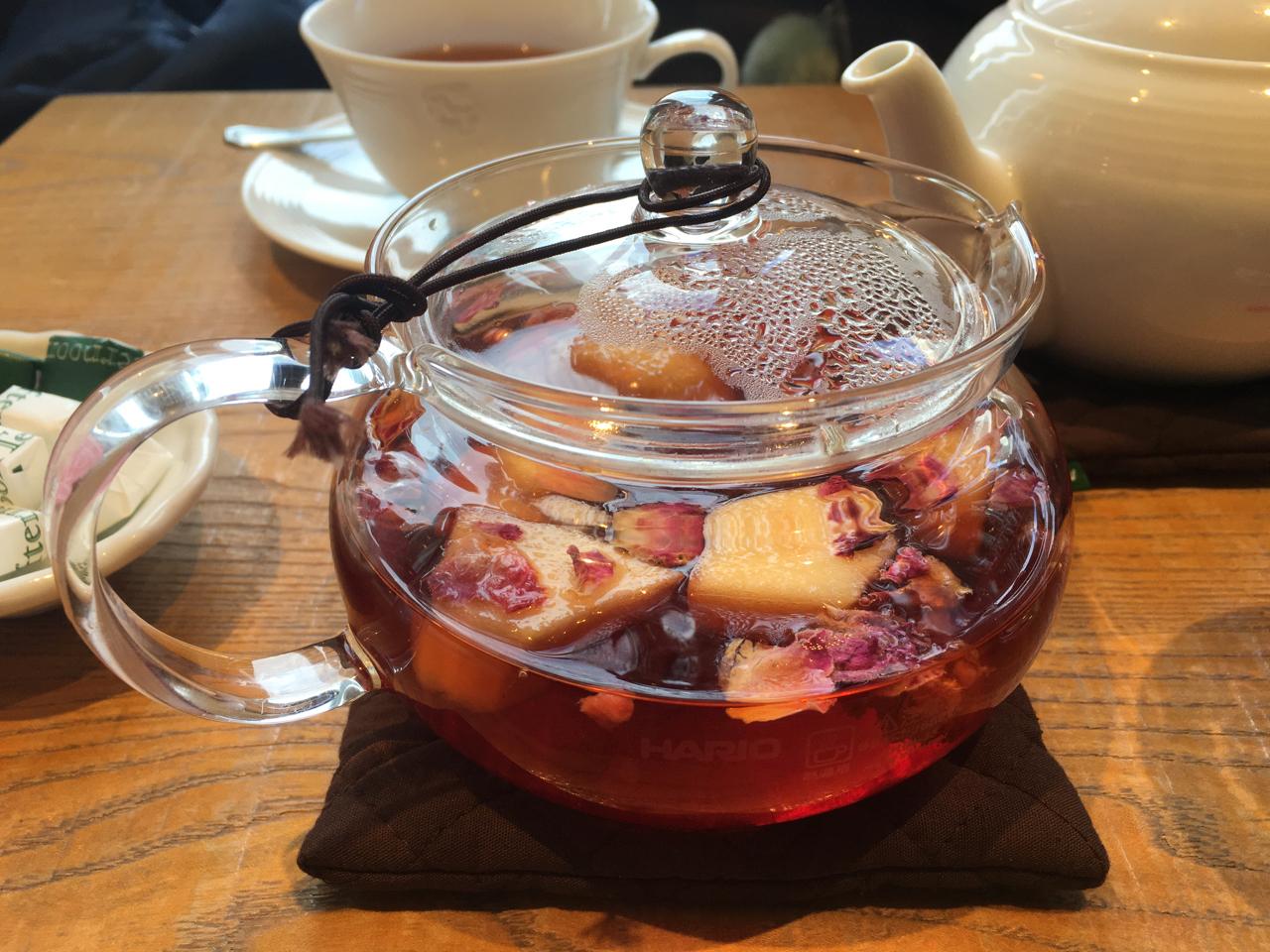 ローズとりんごの紅茶