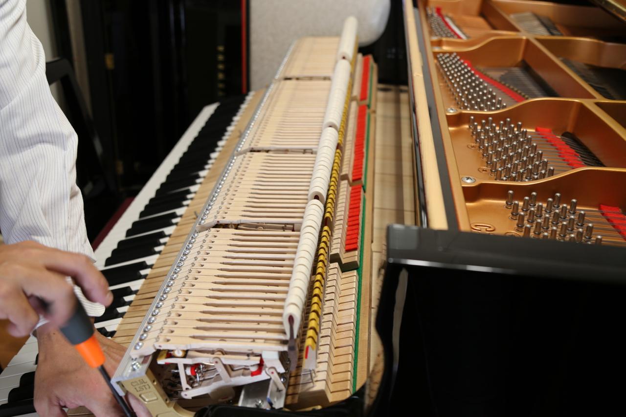 鍵盤引き出す