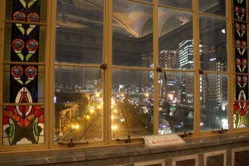 0001:大阪中之島公会堂 特別室から外をみる