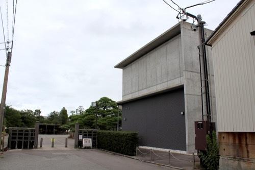 0271:小松市本陣記念美術館 美術館への道のり