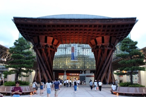 0272:金沢駅東広場 メイン