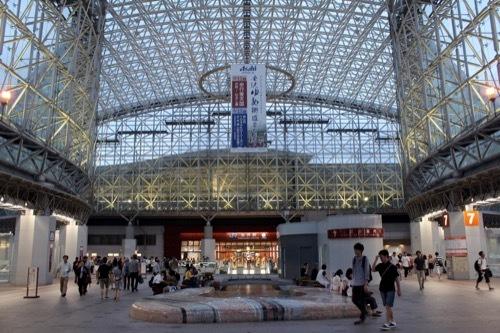 0272:金沢駅東広場 もてなしドーム①