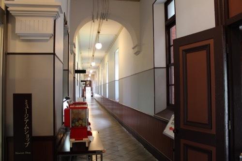 0277:四高記念文化交流館 1階廊下①