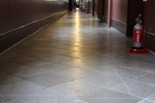 0277:四高記念文化交流館 1階廊下③