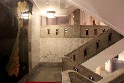 0278:しいのき迎賓館 階段①