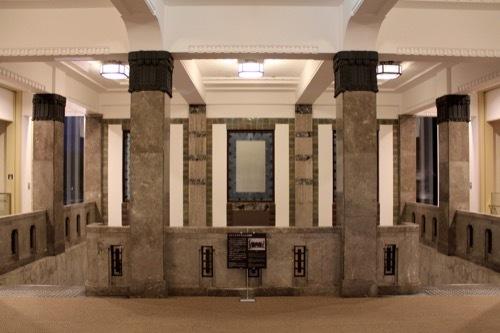 0278:しいのき迎賓館 階段②