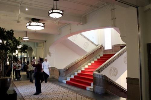 0283:ミライザ大阪城 階段③