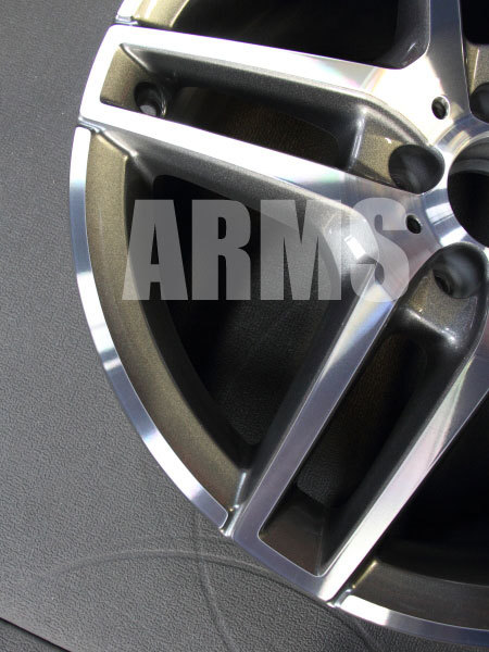 アルミホイールの修理 AMGホイール ダイヤモンドカットクリアー