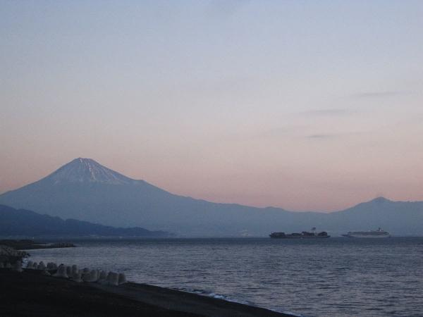 夜明け前の清水港_20171222