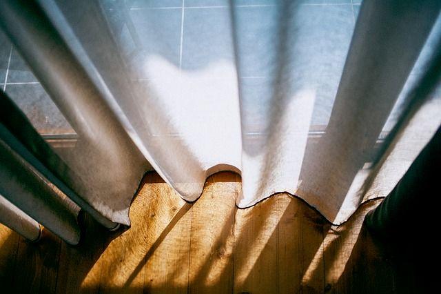 リビング カーテン