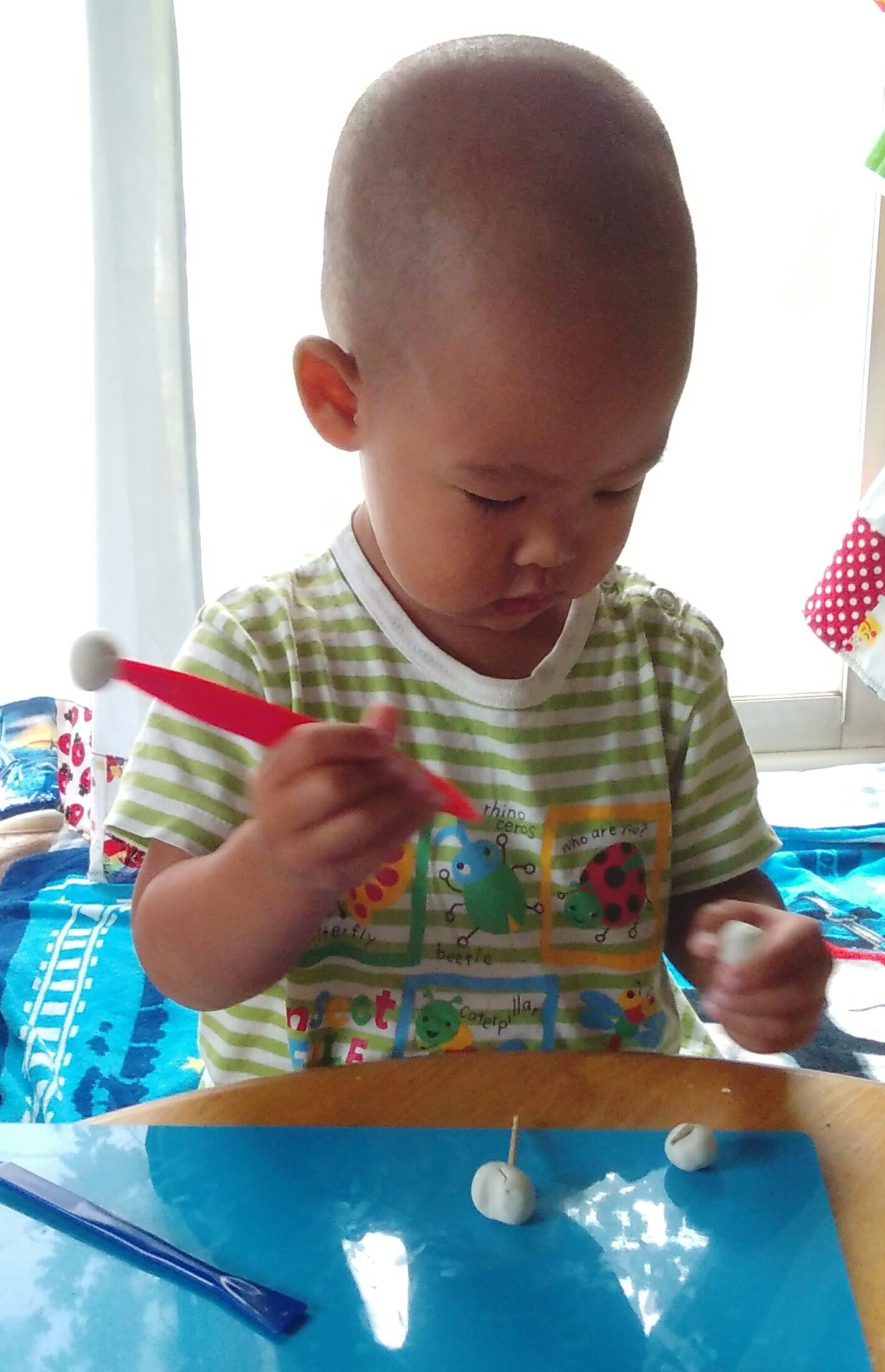 2歳 粘土遊び