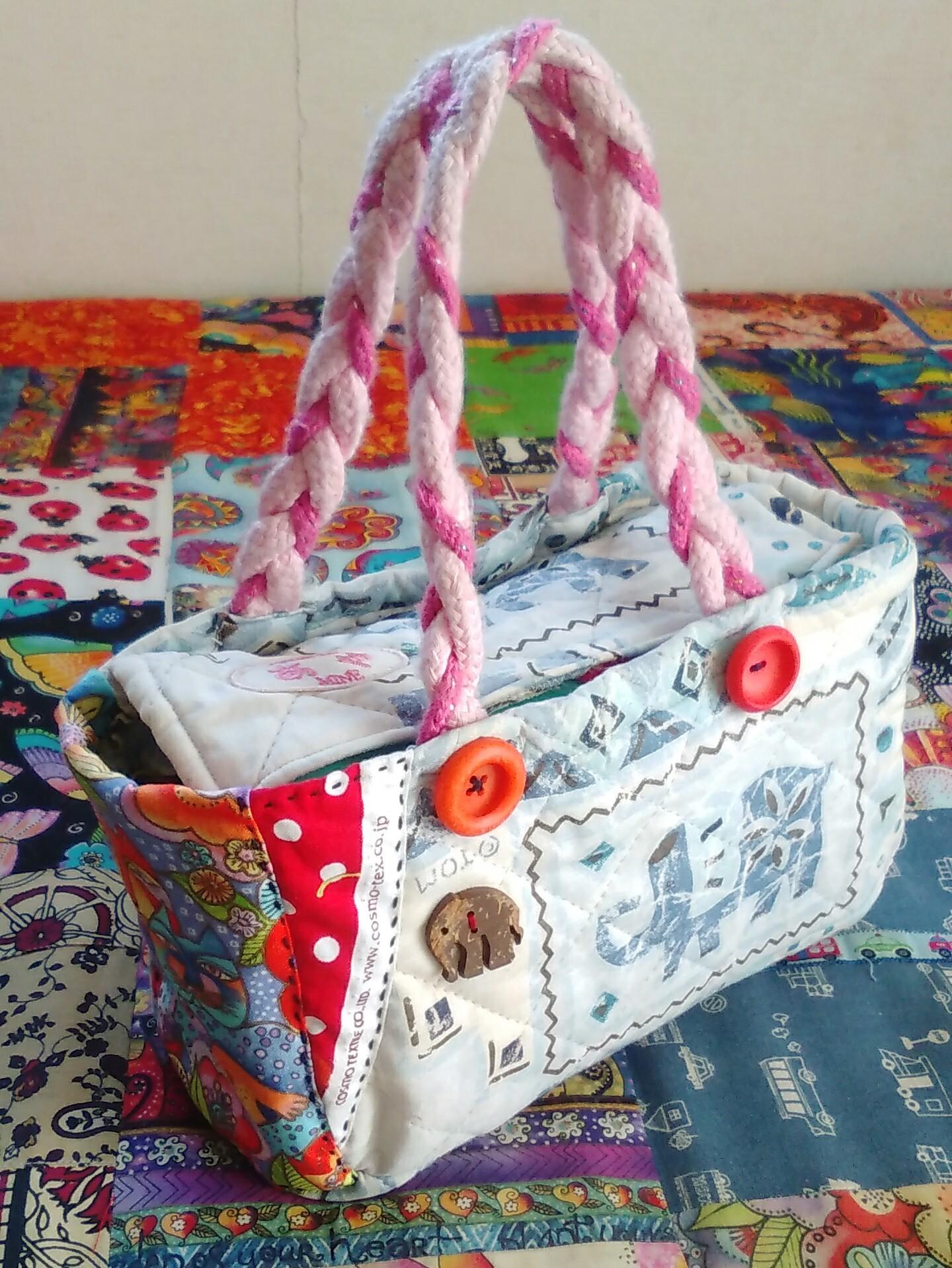 お裁縫セット 手作り お裁縫箱入れ ボタン パッチワーク