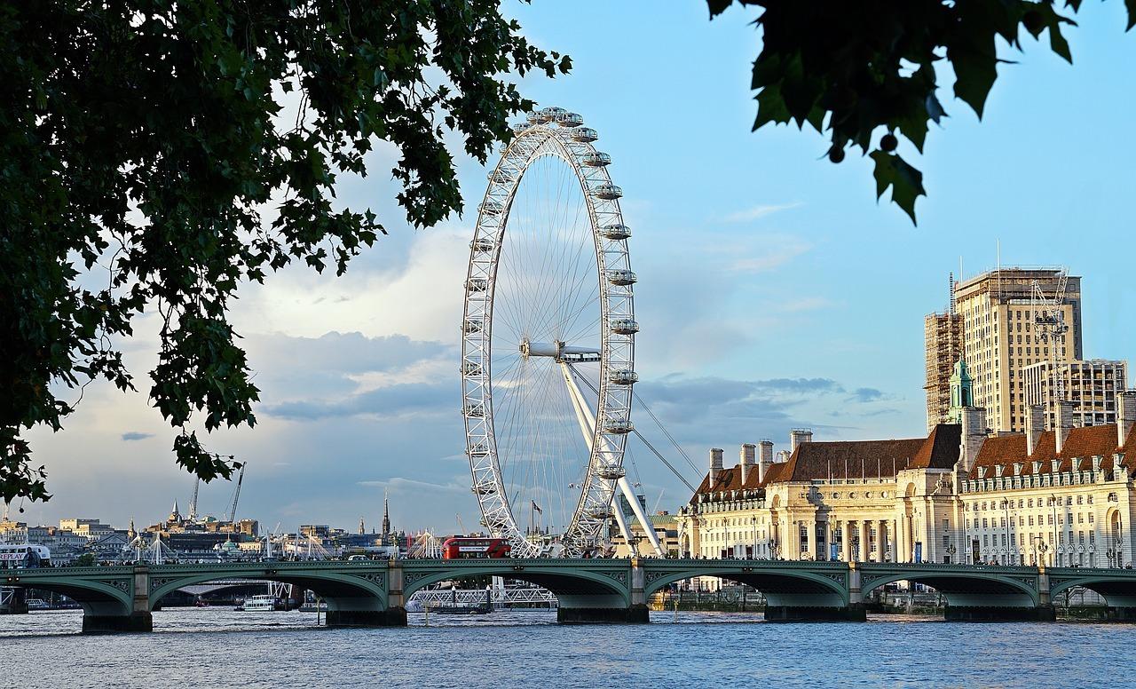 london-3003610_1280.jpg