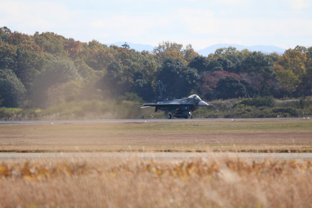 F-2A/Bの着陸_1