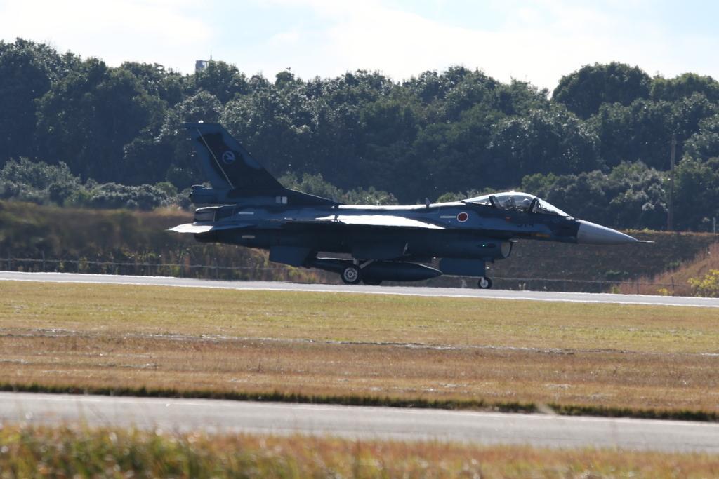 F-2A/Bの着陸_5
