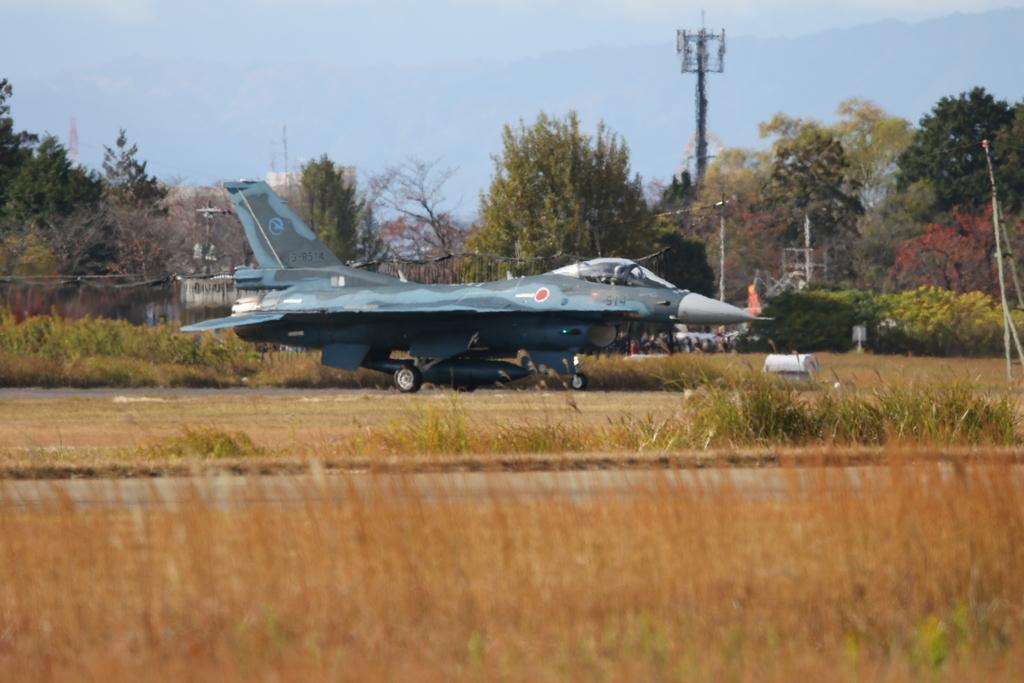 F-2A/Bの着陸_7